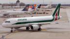Ein Alitalia Airbus A320 Milano. Die italienische Fluggesellschaft steht kurz vor dem Aus.