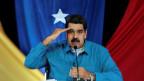 Der venezolanische Präsident Nicolas Madura verspricht die Anhebung der Mindestlöhne. Ob dies das Volk beruhigen wird?