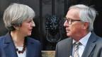 Die britische Premierministerin Theresa May und der EU-Kommissionspräsident Jean-Claude Juncker.