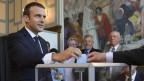 Zu sehen ist Präsident Emmanuel Macron bei der Stimmabgabe am Sonntag im nordfranzösischen Le Touquet.