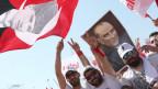 Mit dem Konterfei von Atatürk demonstrieren Anhänger der CHP in Istanbul.