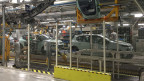 In der slowakischen Kleinstadt Trnava steht ein riesiges Peugeotwerk.