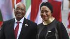 Jacob Zuma, Präsident von Südafrika, mit seiner Frau Tobeka Madiba-Zuma.