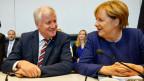 Die deutsche Bundeskanzlerin Angela Merkel (CDU) und Horst Seehofer Vorsitzender der CSU.