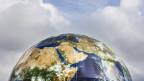 Zelt-Kuppel an der Klimakonferenz in Bonn.
