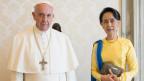 Papst Franziskus zu Besuch bei Aung San Suu Kyi in Burma.