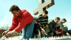 Trauerfeier bosnischer Kroaten in Ahmici.