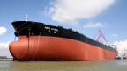 Öltanker im Hafen von Guangzhou, China. Symbolbild.