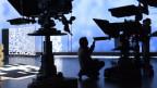 Ein Blick in das moderne RTS-Fernsehstudio.