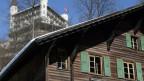 Weil neue Chalets alt und rustikal aussehen sollen, boomt das Geschäft mit Altholz.
