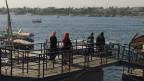 : Lebensader Nil – auch in Oberägypten garantiert der Fluss  die Existenz der gesamten Bevölkerung. Ohne den Nil gäbe es kein Trinkwasser, keine Landwirtschaft im Niltal, keinen Tourismus und keinen Strom.