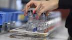 Zwei der fehlbaren Dopingkontrollen-Fläschen der Firma Berlinger.