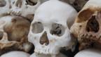 Die Schreckensherrschaft der Roten Khmer ist seit langem vorbei, doch ihre dunklen Schatten liegen noch heute über Kambodschas Gesellschaft.