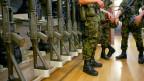 Die Armee soll attraktiver werden, will sie die jungen Männer und Frauen vom Zivildienst abhalten.