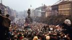 Demonstranten am 20. August 1968 in der Prager Innenstadt.