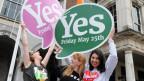 Junge Irländerinnen für Recht auf Abtreibung