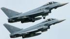 Zwei Eurofighter zu einer Übung.