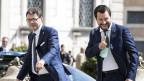 Lega-Chef und neuer Innenminister Matteo Salvini (rechts) und Unterstaatssekretär Giancarlo Giorgetti am 1. Juni 2018 im Quirinalspalast in Rom.