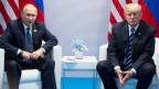 US-Präsident Donald Trump und der russische Präsident Wladimir Putin während des G20-Gipfels am 7. Juli 2017 in Hamburg.