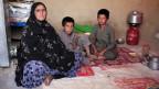 In der Hütte von Leila-Ma und ihren beiden Söhnen.