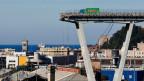 Teil der eingestürzten Brücke in Genua.