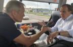 Ministerpräsident Löfven im Wahlkampfbus