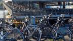 Parkierte Velos in Amsterdam.