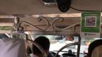 Die Taxis in der Stadt Kaxgar sind mit zwei Kameras ausgerüstet - eine zeigt auf den Fahrer, die andere auf den Fahrgast.