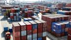 Container-Hafen in Lianyungang, Provinz Jiangsu, China. Symbolbild.
