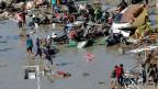 Nach dem Erdbeben und einem Tsunami in Palu, Zentral-Sulawesi, Indonesien.