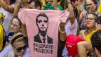 Jair Bolsonaro ist einer, der fast nur politisch Unkorrektes von sich gibt. Fans von Jair Bolsonaro in Sao Paolo.