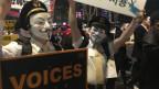Angestellte der Korean Airlines demonstrieren gegen den Konzernchef und das schlechte Management.