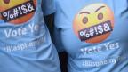 T-Shirts mit der Aufschrift JA zum Blasphemie-Gesetz in Dublin, Irland.