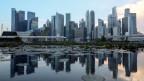 Der Finanzidisktrikt in der Skyline von Singapur.