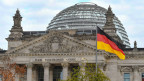Der Reichstag ist der Sitz des deutschen Bundestages in Berlin.