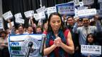 Die Demokratin Sharice Davids nach ihrem Wahlsieg anlässlich der Midterms in den USA.
