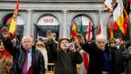 Unterstützer des spanischen Diktators Franco am 18. November 2018 auf der Plaza de Oriente in Madrid anlässlich des Jahrestages von Franco.