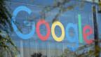 Ein Google-Logo am Hauptsitz des Unternehmens in Mountain View, Kalifornien, USA.