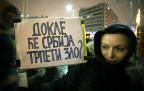 Demonstrantin in Belgrad