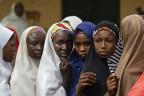 Anstehen zum Wählen in Nigeria.