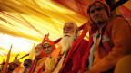 Auch das religiöse Parlament Param Dharam Sansad diskutiert die Politisierung der Religion.