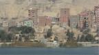 Kairo: Unverputzte rostbraune Backsteine prägen das Stadtbi