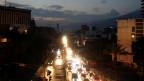 Venezuelas Hauptstadt Caracas während eines Tages des Stromausfalls. Es kam zu Plünderungen.
