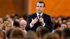 Frankreichs Präsident Emmanuel Macron in einer «Nationalen Debatte» in Etang-sur-Arroux, Frankreich.