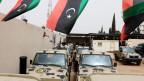 Von Haftars Truppen beschlagnahmte Militärfahrzeuge in der Nähe von Tripoli.