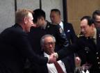 Die Verteidigungsminister der USA und Chinas in Singapur