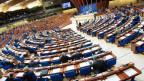 Sicht auf die parlamentarische Versammlung des Europarats.