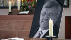 Ein Portrait des ermordeten Kasseler Regierungspräsidenten W. Lübcke (CDU).