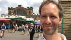 Roman Fillinger vor den Mirowskie-Markthallen in Warschau.