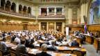 Teilnehmer der Auslandschweizerrates im Nationalratssaal im Bundeshaus in Bern. Archivbild.